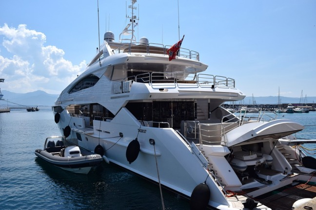 yacht-823681_960_720